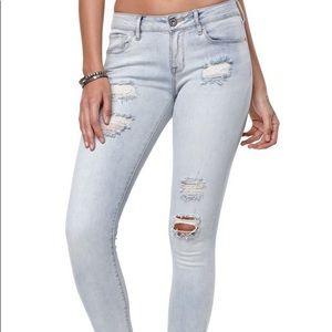 Pacsun light-wash lowrise distressed jeans US5